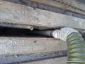 Wdmuchiwanie granulatu Ekofiber w przestrzeń dylatacyjną