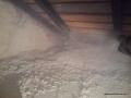 Wykonywanie cieplenie podłogi poddasza granulatem Ekofiber